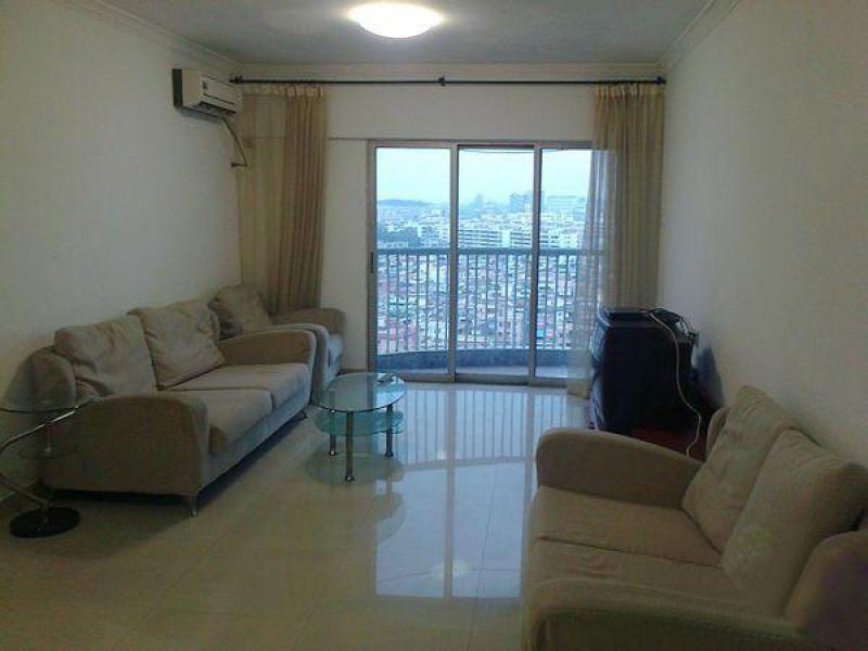 东莞城中心两室一厅精装住宅出租,电梯、燃气、家电齐全