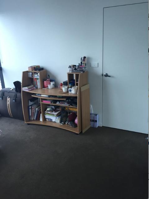[墨尔本city]市中心一超大阳光主卧招租,带独立卫生间,超大嵌入式衣柜,全景落地窗,月租1100刀