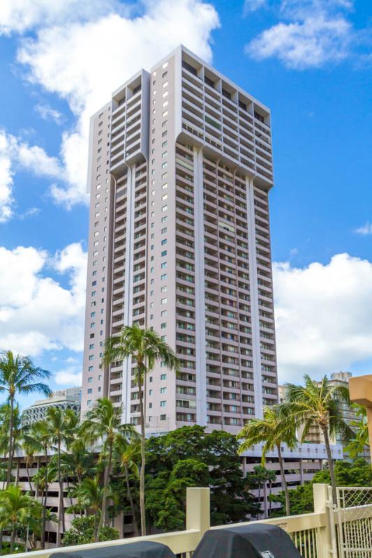 夏威夷WAIKIKI度假海景公寓,提供免费WIFI和停车位