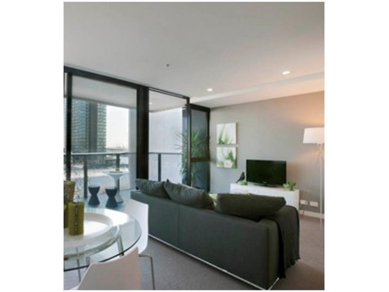 Docklands 全新高档一房一卫公寓出租